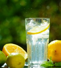 4 Ways to Keep Your Child Hydrated & Healthy This Summer